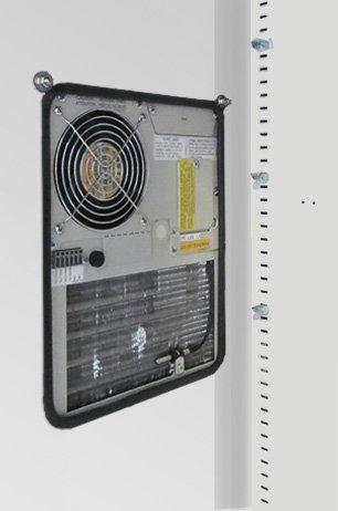 Innenansicht klimatisierter Stahlschrank MediCool